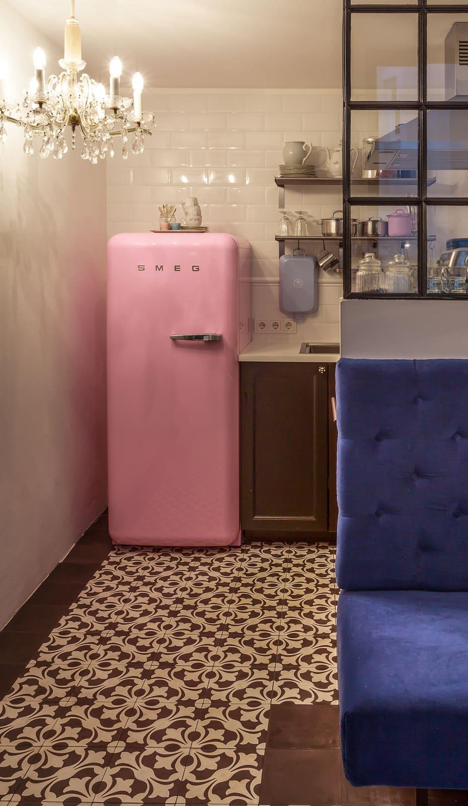 zementfliesen-terrazzofliesen-kreidefarbe-terrazzo-fugenlos-viaplatten-14260-hotel | 14260