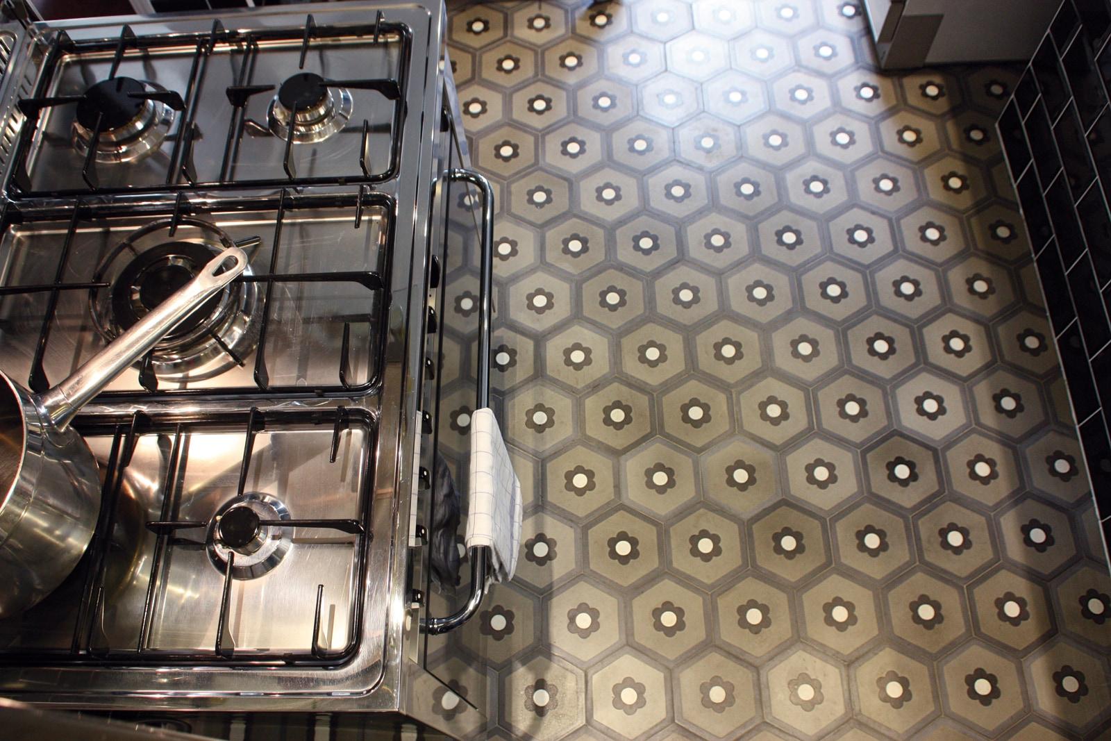 VIA-zementmosaikplatten-nummer-600454-küche