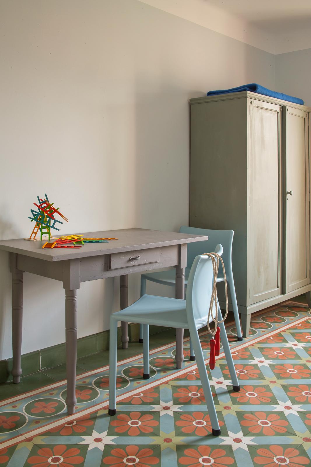 kreidefarbe-Silberpappel-106-schrank-zementfliesen-terrazzofliesen-viaplatten | Kreidefarbe Silberpappel 60 ml