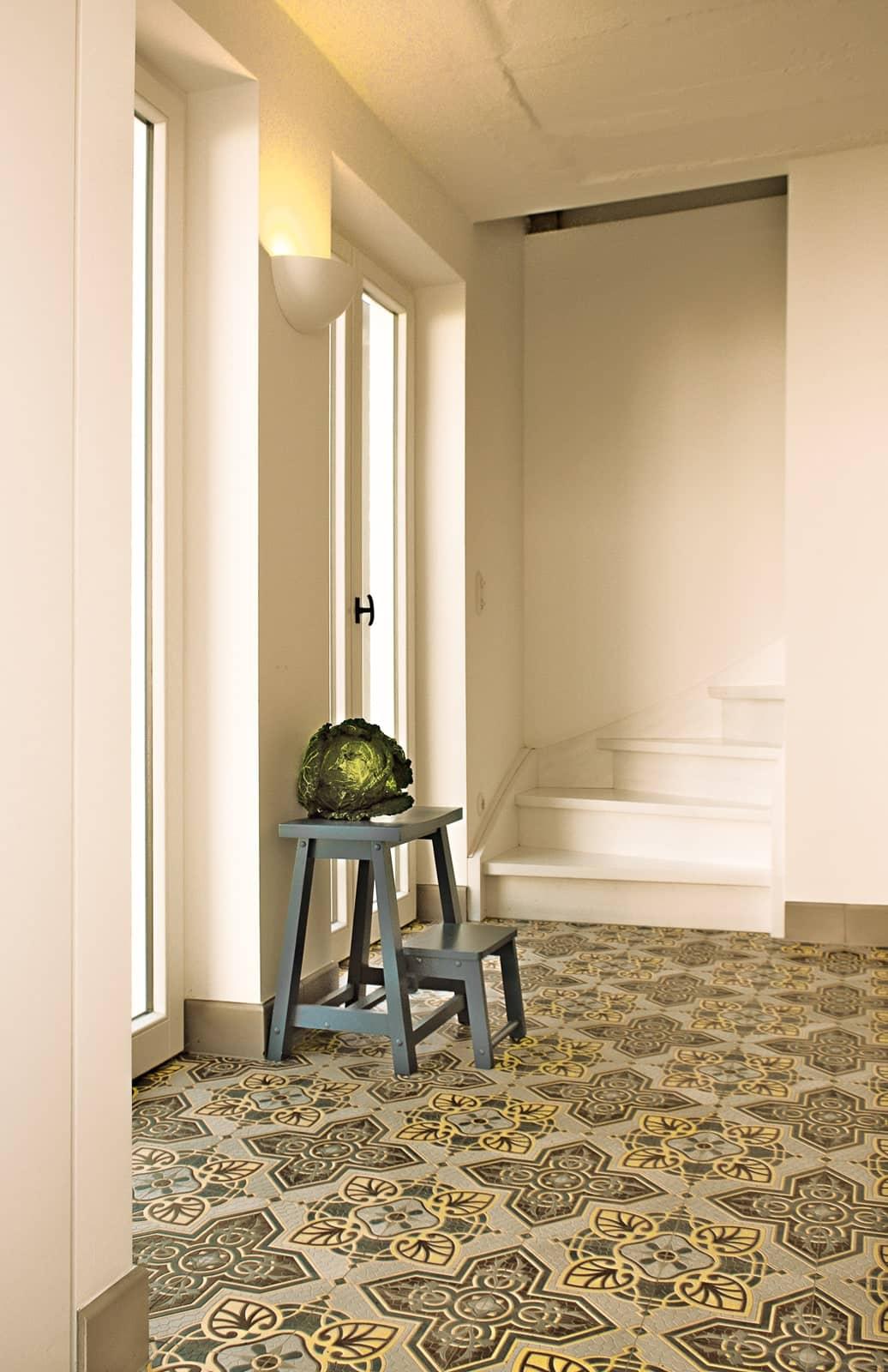 zementfliesen-terrazzofliesen-kreidefarbe-terrazzo-fugenlos-viaplatten-41071-kueche | 41071