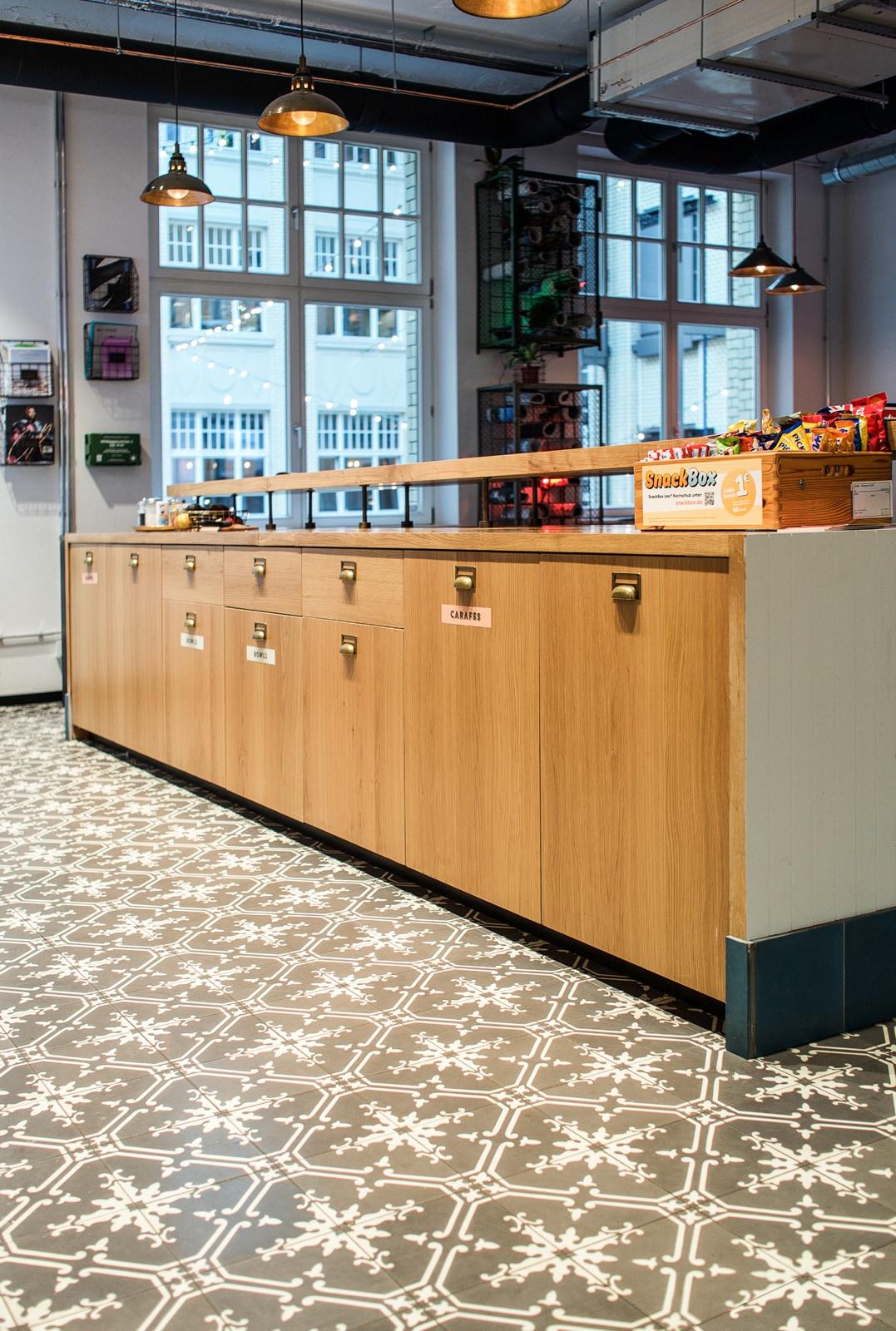 Coworkingspace-Berlin-zementfliesen-nr.11554-viaplatten | 11554