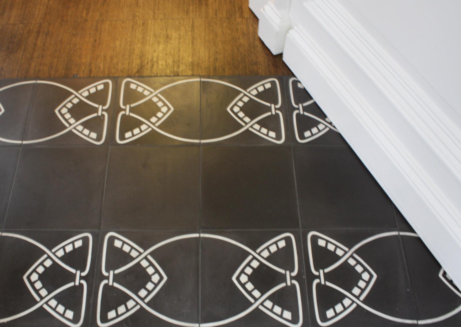 zementmosaikplatte-nummer-51019-flur-02-via-gmbh