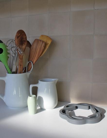 zementfliesen-via_zementmosaikplatten_kreidefarben_nummer_10_uni | 10
