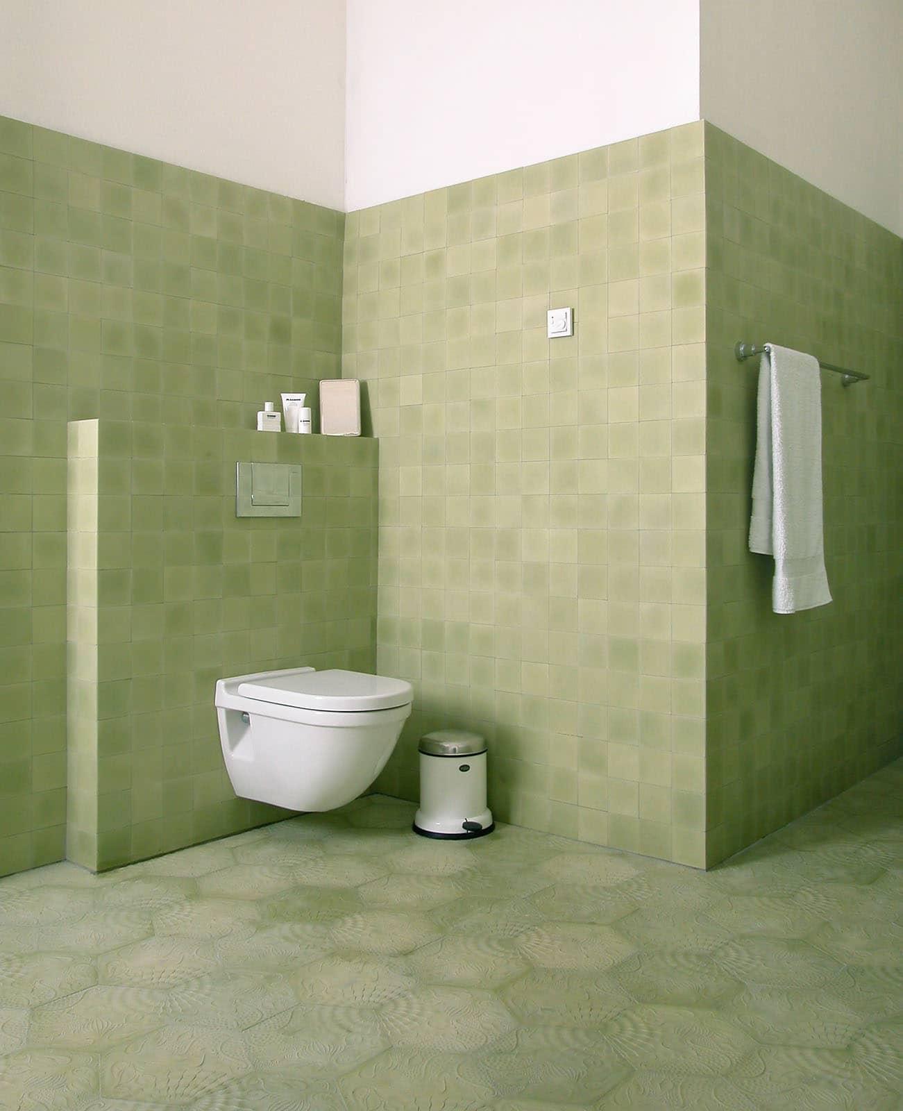 zementfliesen-terrazzofliesen-kreidefarbe-terrazzo-fugenlos-viaplatten-021-bad | 021