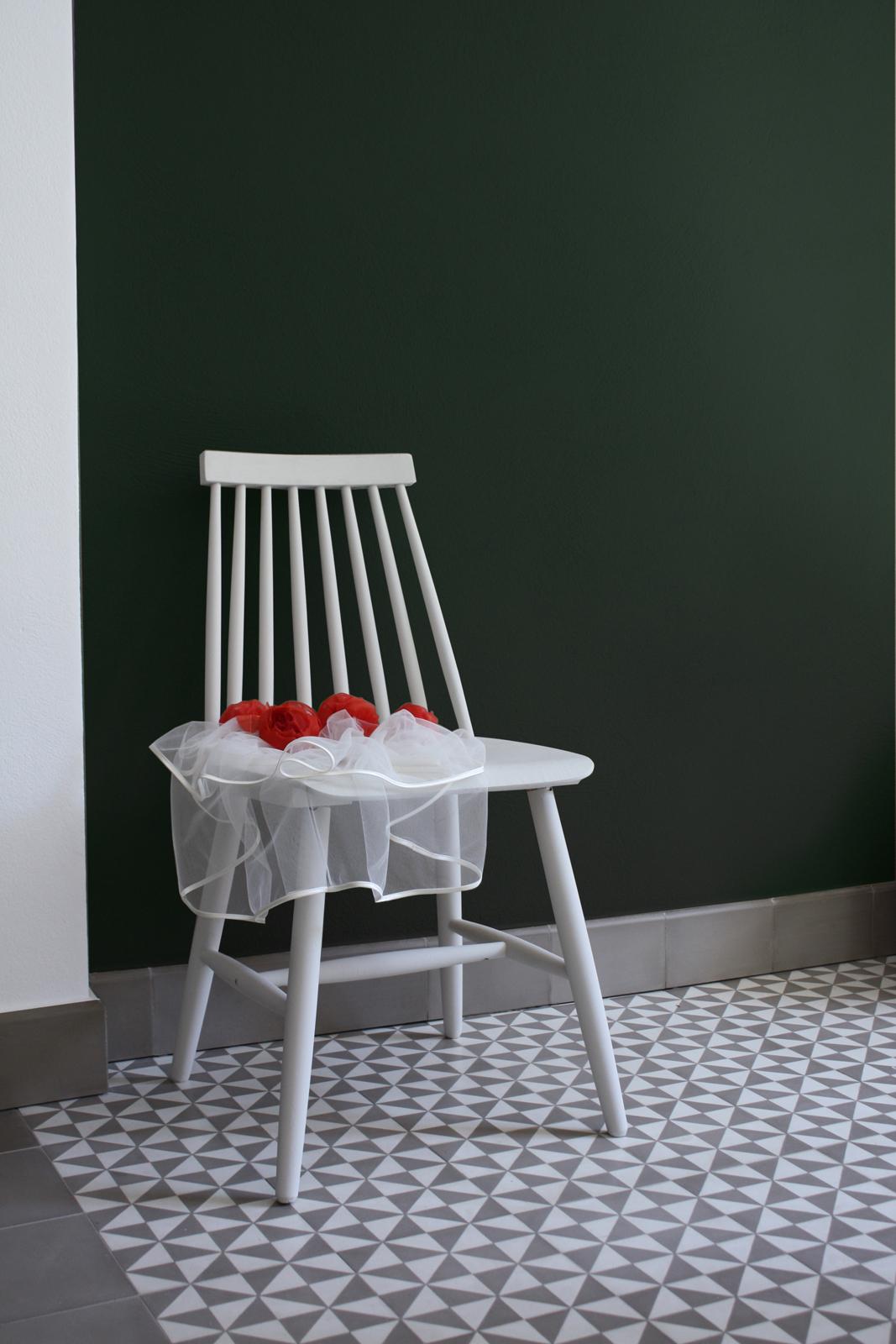 zementfliesen-terrazzofliesen-kreidefarbe-waldgruen-terrazzo-fugenlos-viaplatten-stuhl | Kreidefarbe Waldgrün 60 ml
