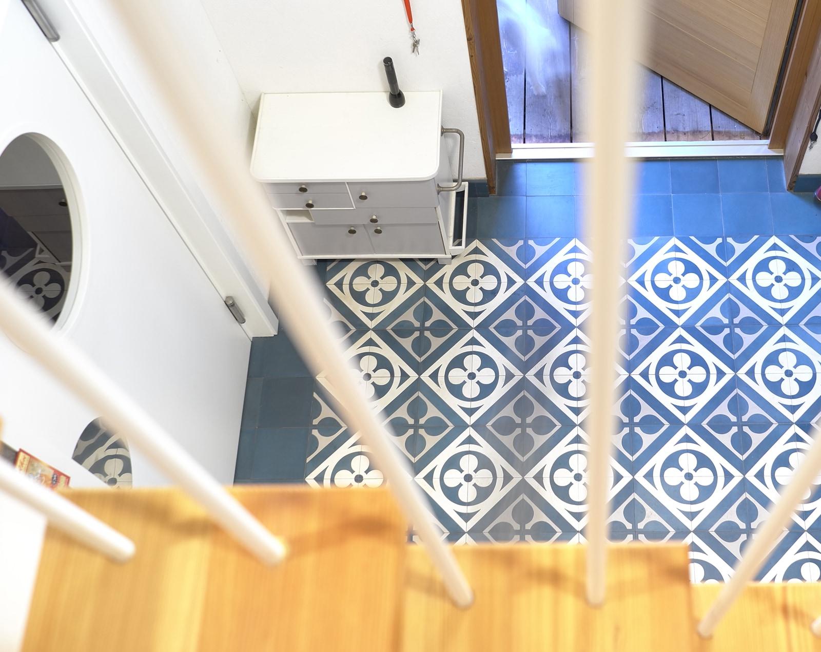 zementmosaikplatten-musternummer-13143-eingang-via-gmbh | 13143