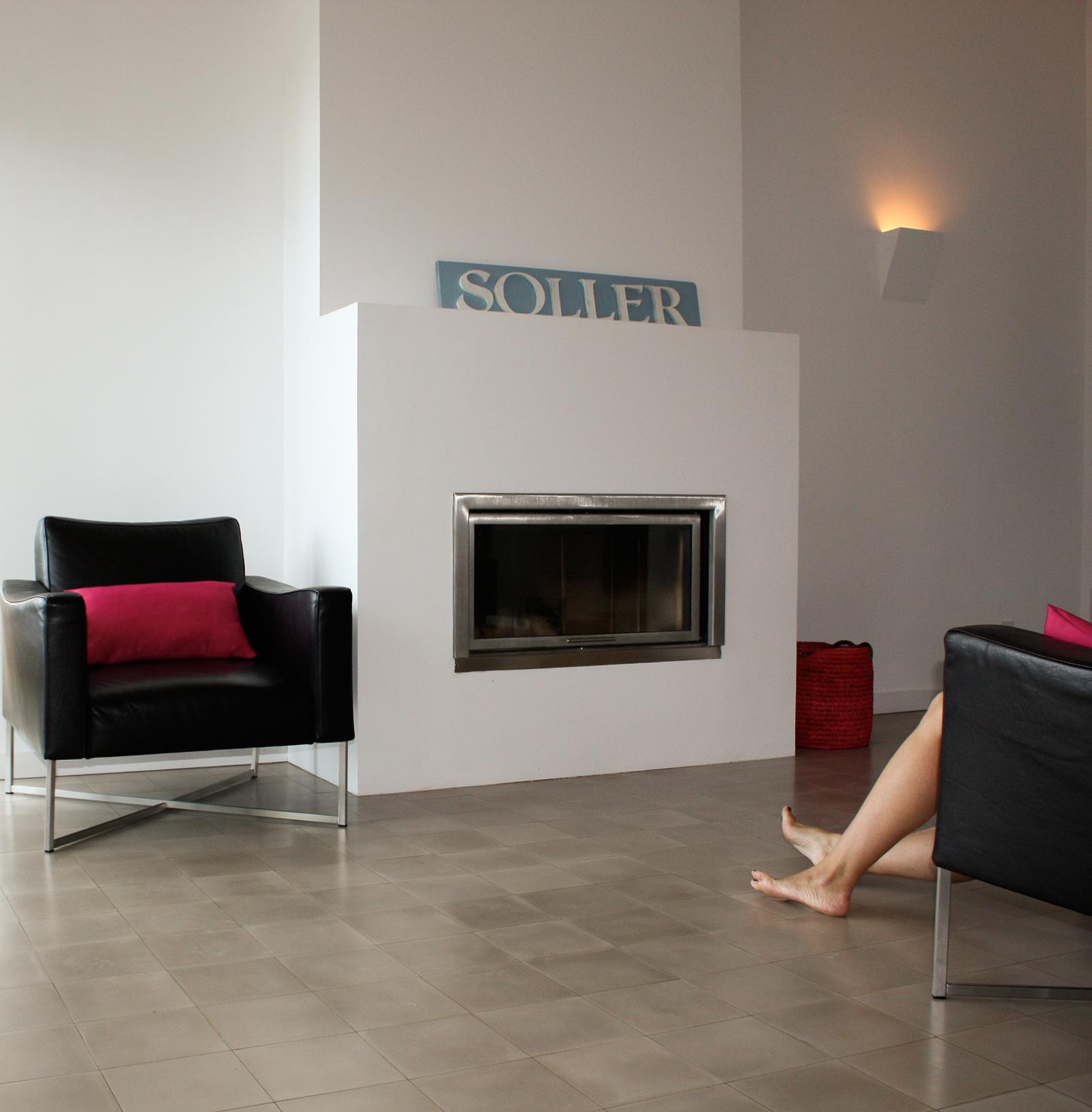 zementfliesen-terrazzofliesen-kreidefarbe-terrazzo-fugenlos-viaplatten-54-kamin | 54