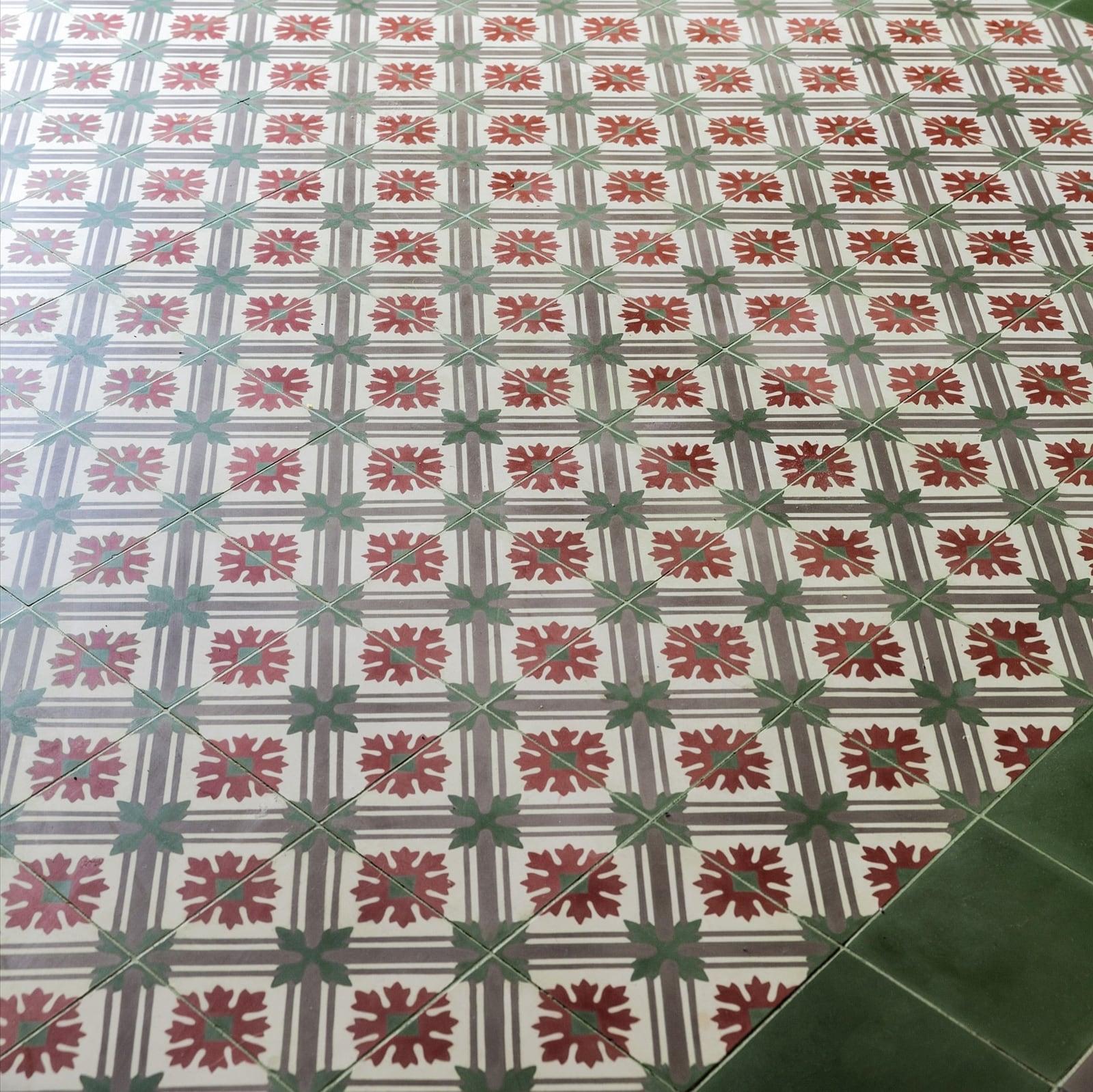 VIA-zementmosaikplatten-nummer-51007-32-kueche-foto-Materialix-ARTPLAY-viaplatten |
