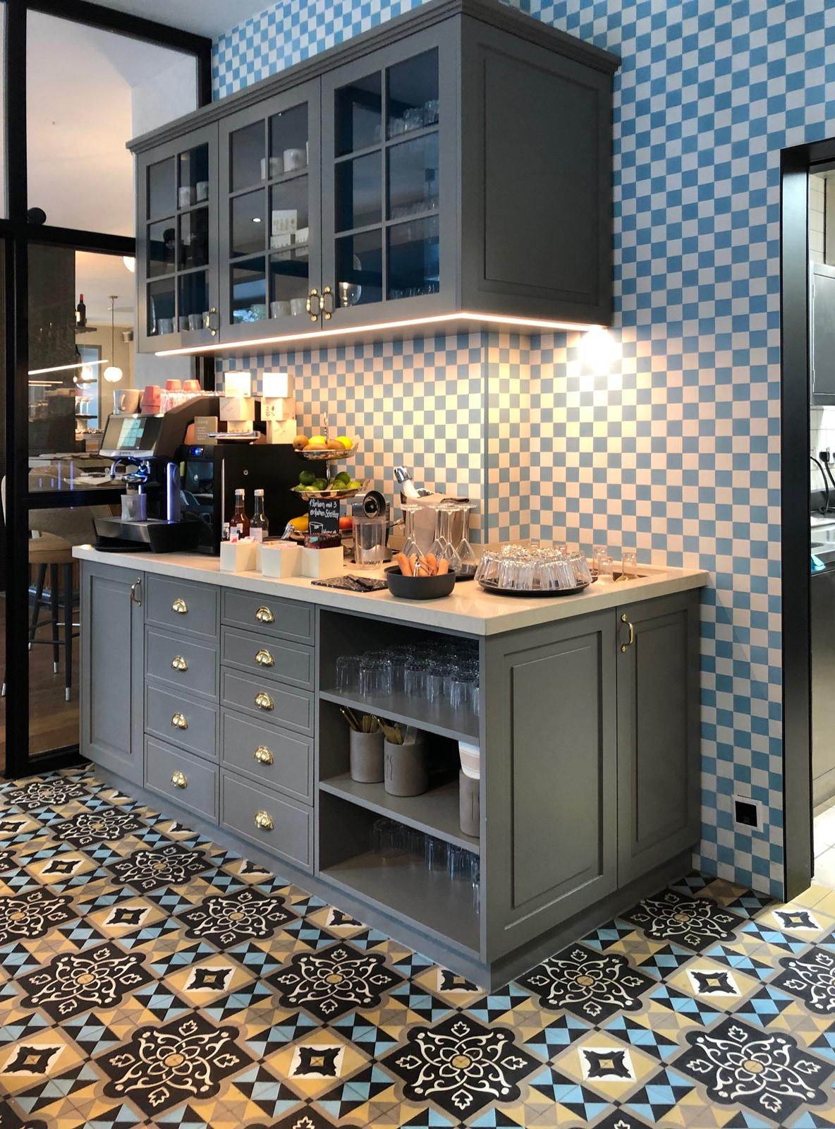zementmosaikplatten-nummer-12460-hotel-via-gmbh | 12460