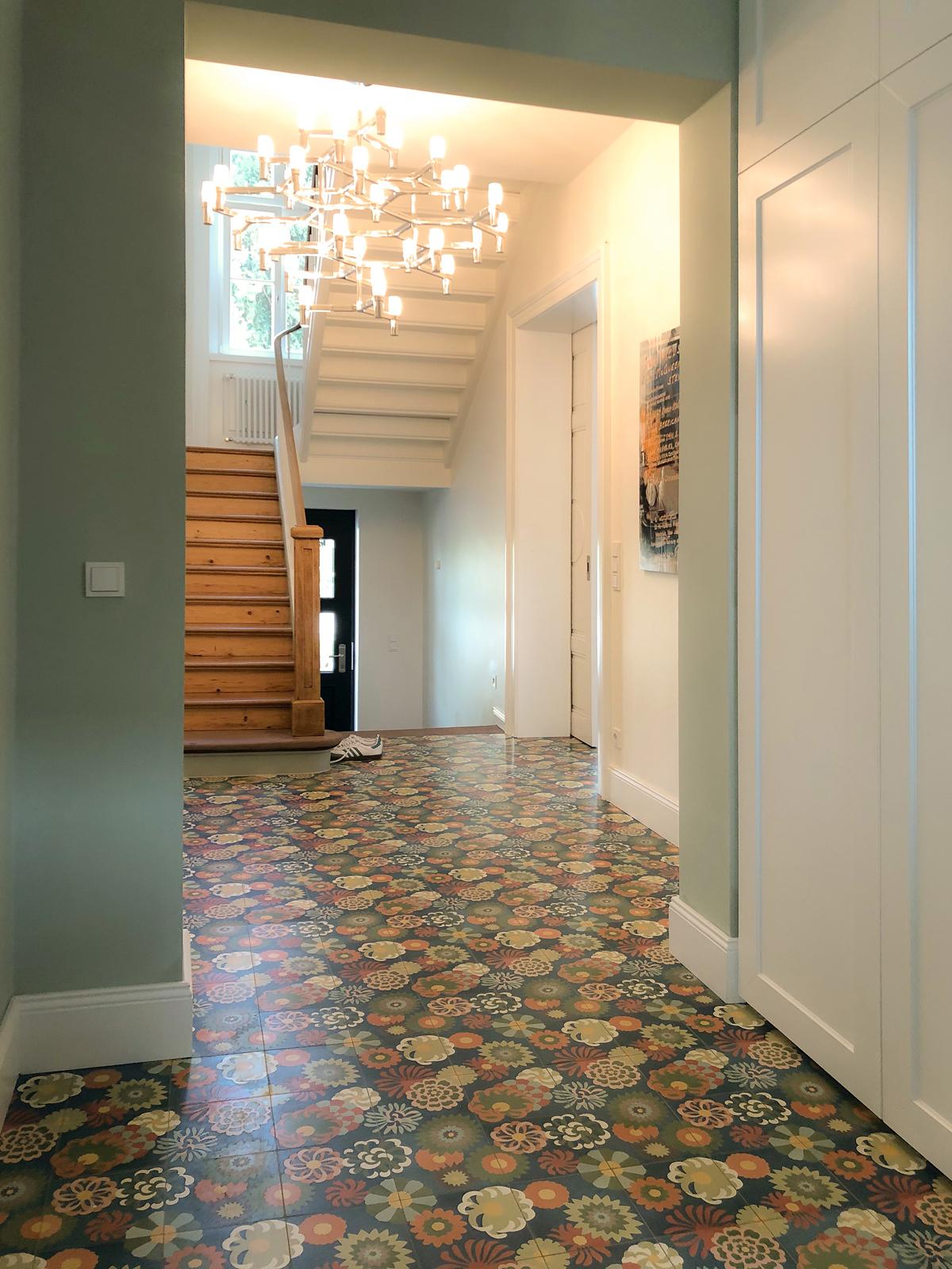 zementmosaikplatten-nr.51078-blumenwiese-flur-viaplatten |
