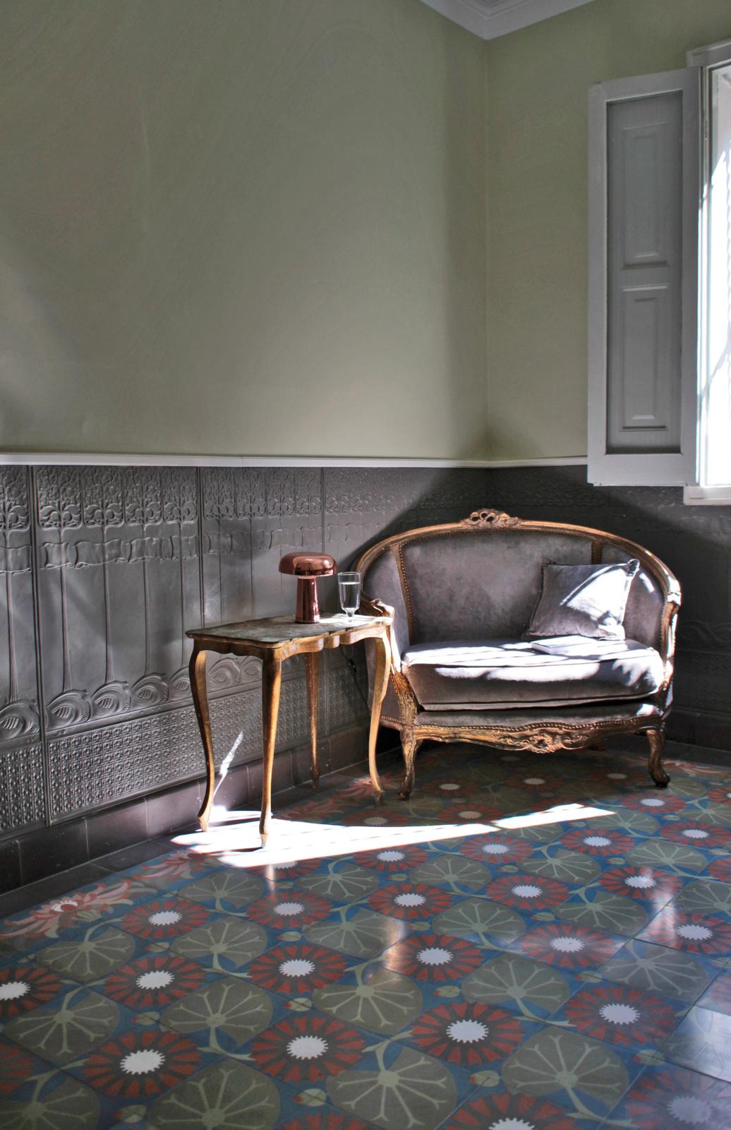 kreidefarbe-gruener-tee-107-spanischer-salon-zementfliesen-terrazzofliesen-viaplatten | Kreidefarbe Grüner Tee 2500 ml