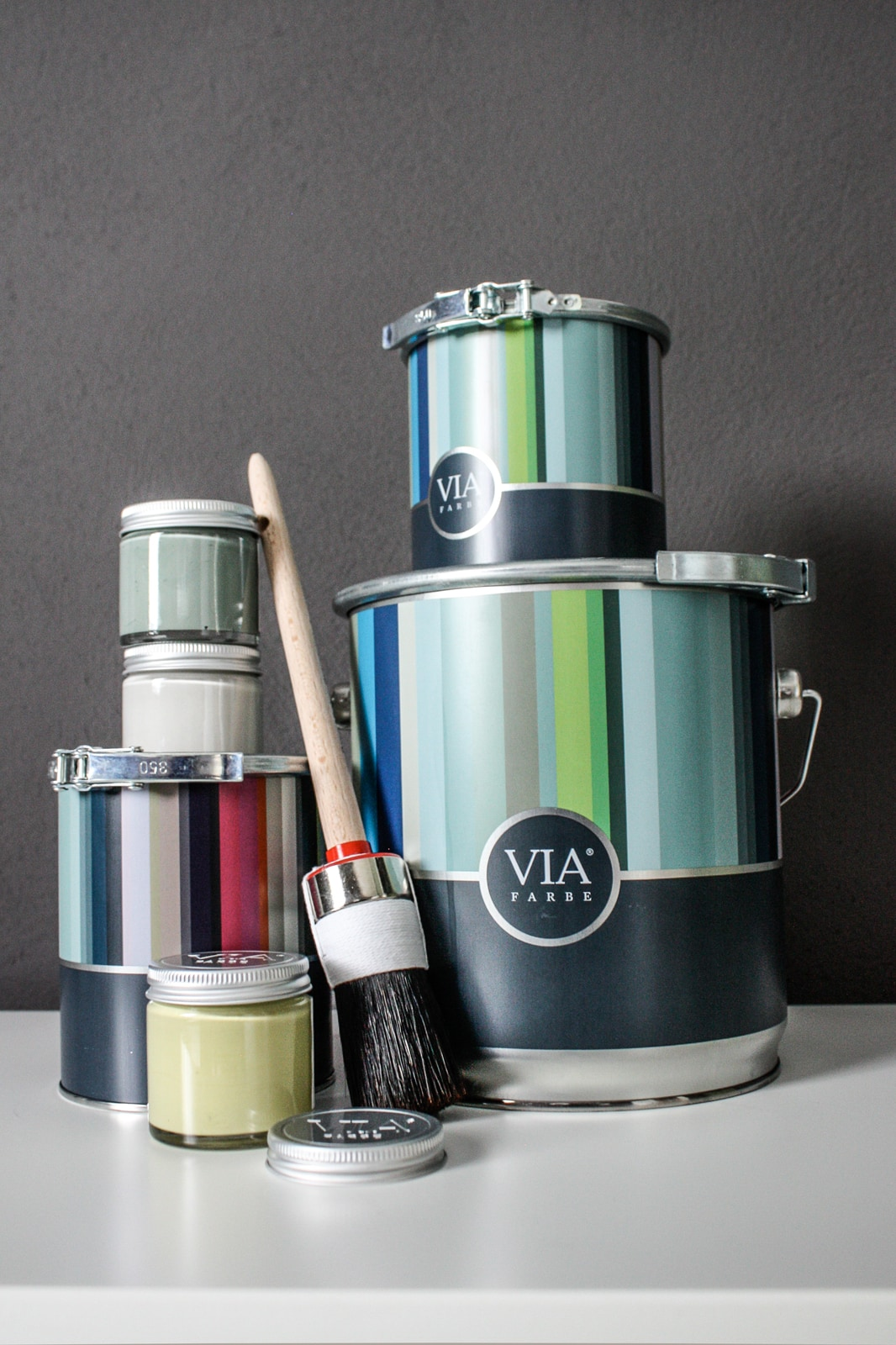 VIA-Kreidefarbe-Gläschen-Pinsel-Dose-B