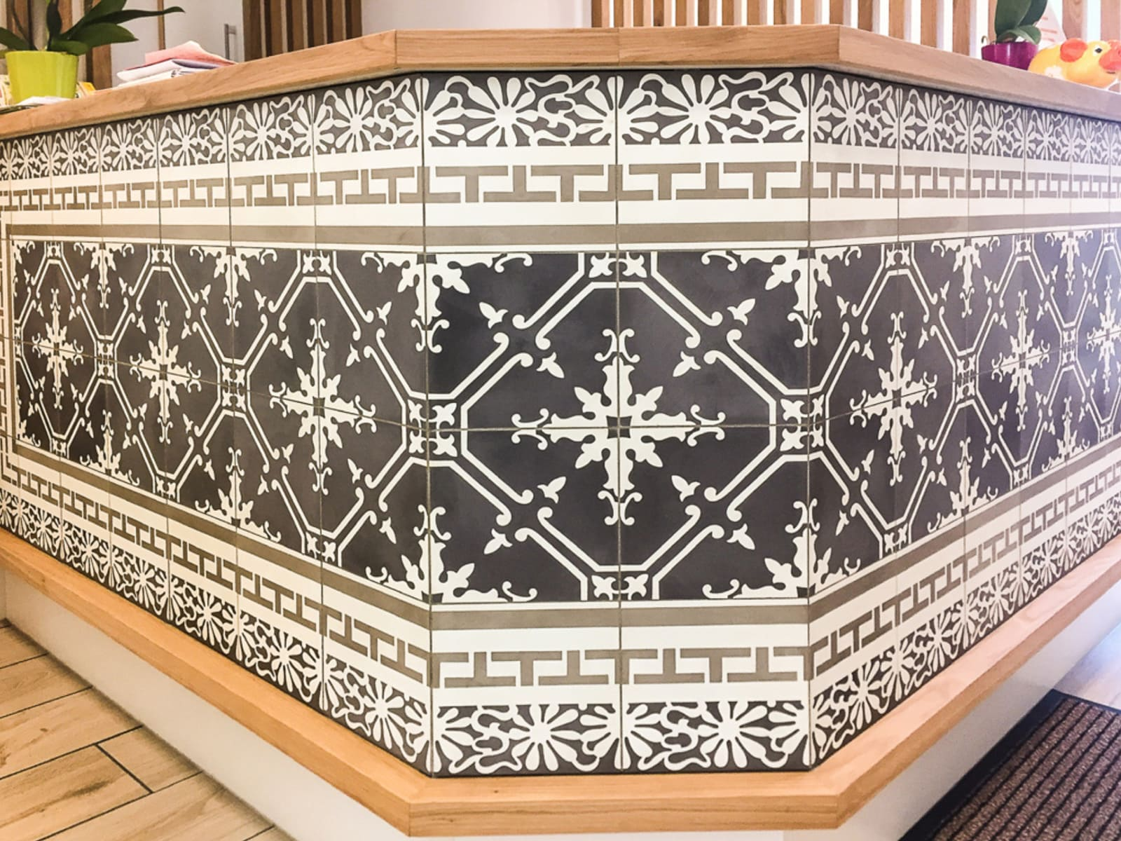 zementfliesen-VIA-zementmosaikplatten-nummer-11561-tresen Kopie | 11561