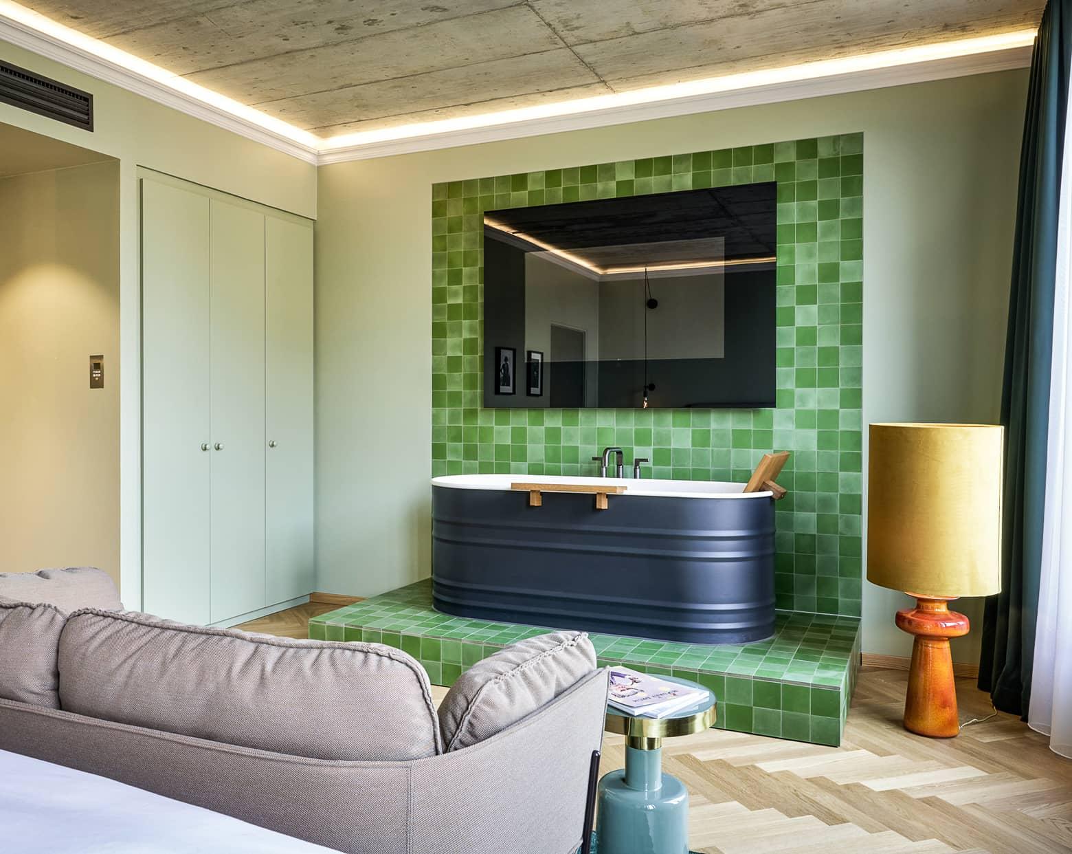 zementfliesen-terrazzofliesen-kreidefarbe-terrazzo-fugenlos-viaplatten-022-gekkohouse   N° 022