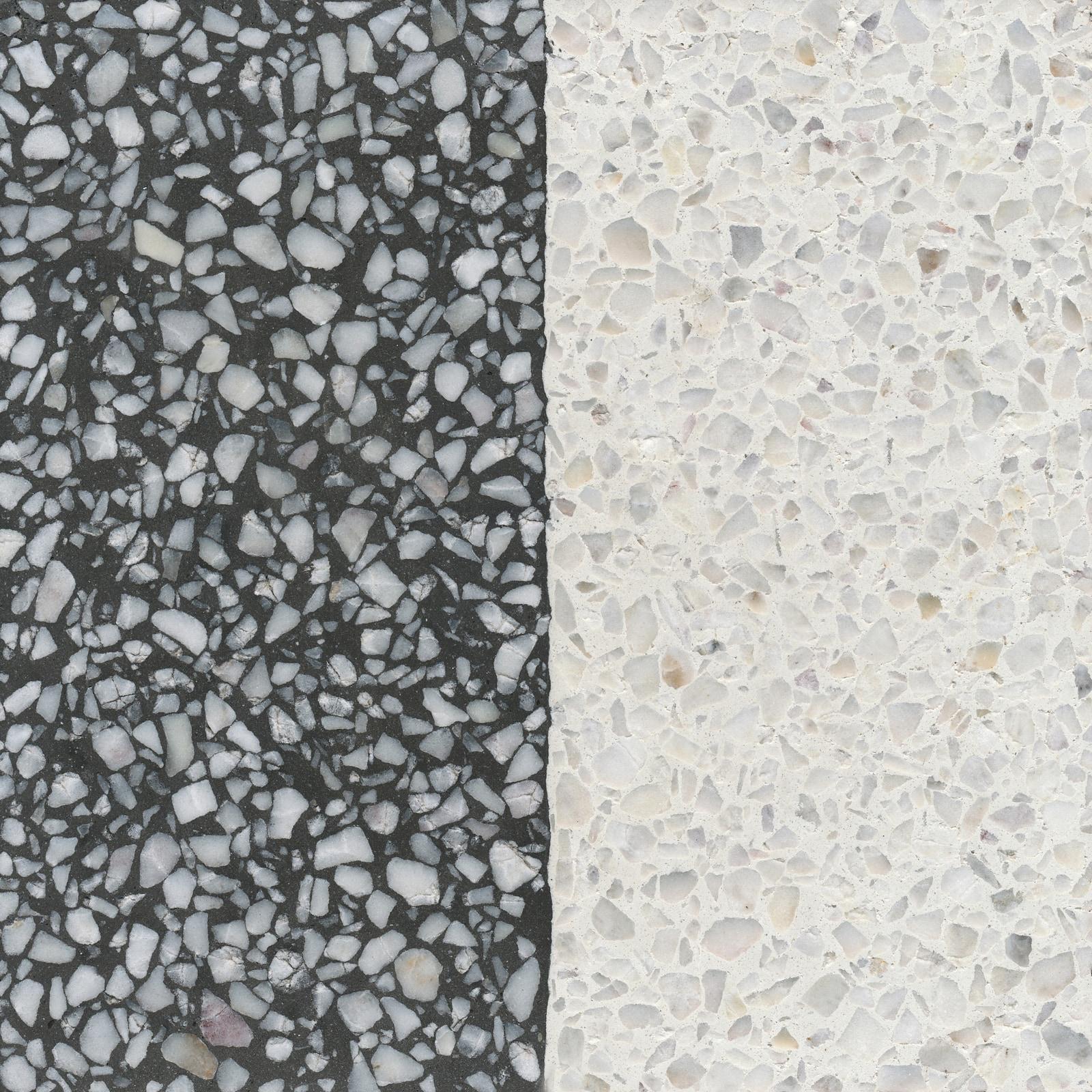VIA Terrazzoplatte grob in schwarz und weiß