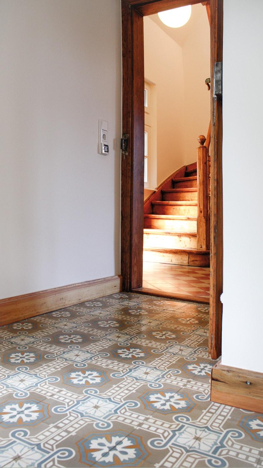Zementmosaikplatten-nr.51051-flur-viaplatten | 51051/141