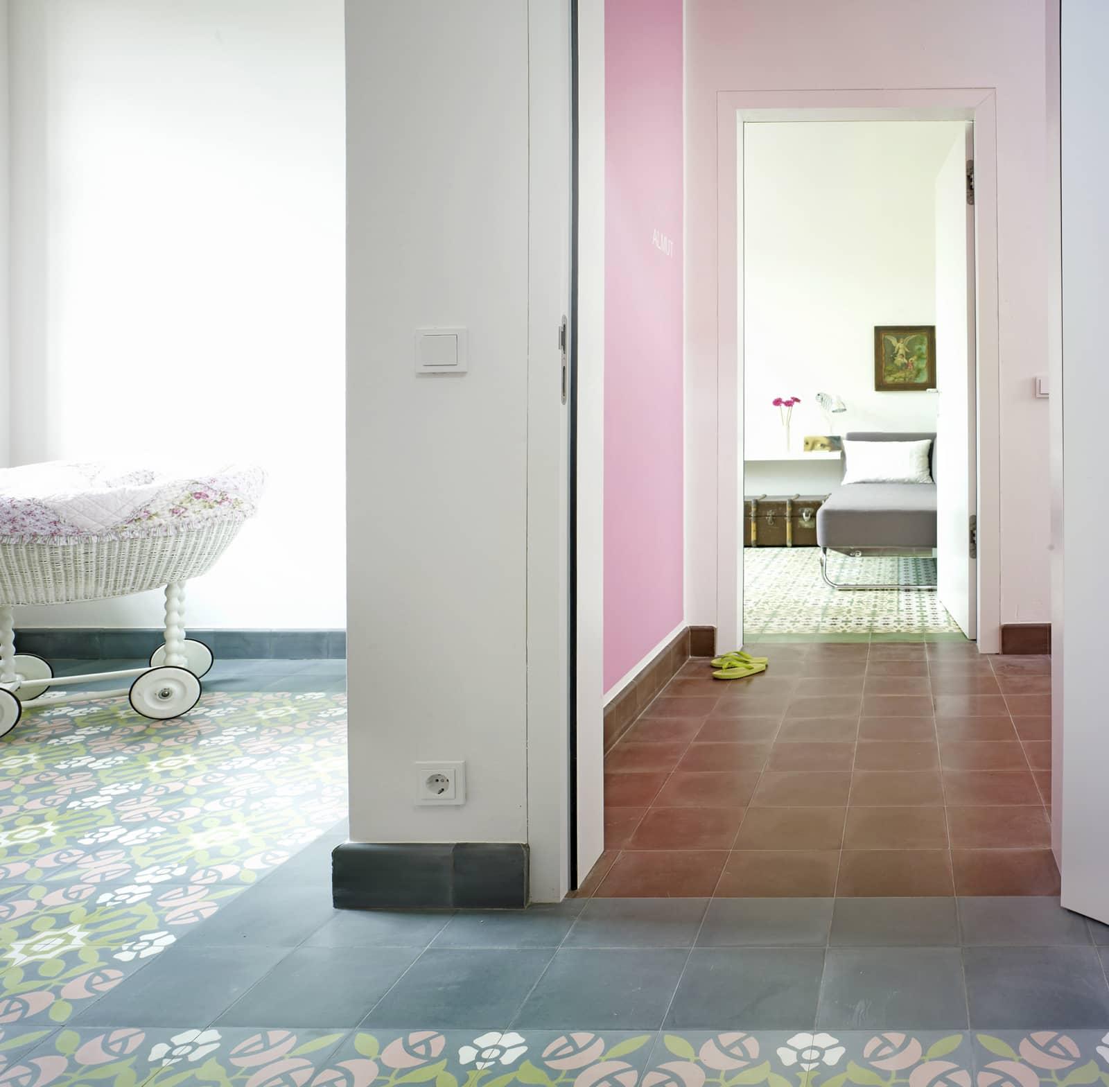 zementfliesen-terrazzofliesen-kreidefarbe-terrazzo-fugenlos-viaplatten-72-living | 72