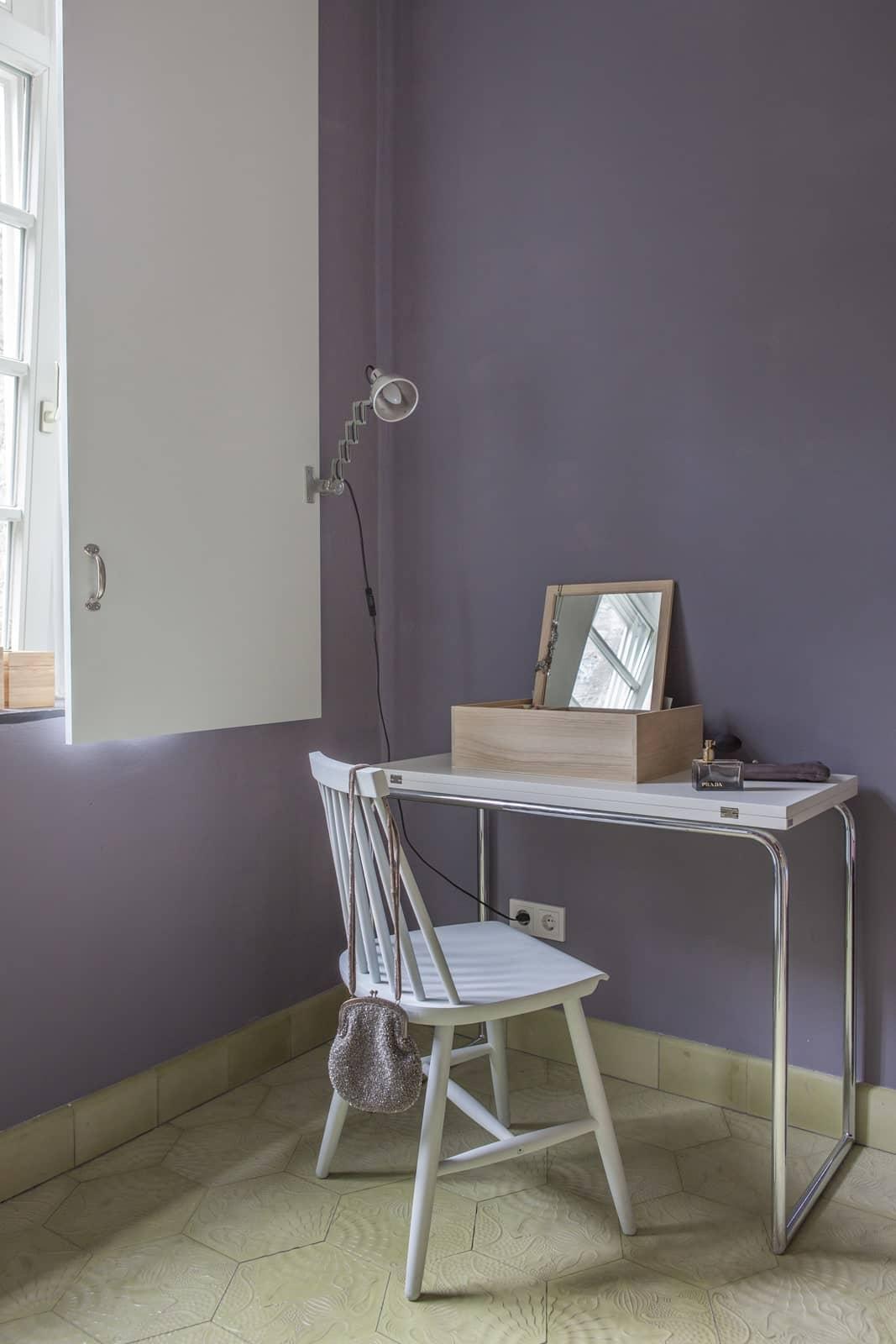 zementfliesen-terrazzofliesen-kreidefarbe-purpurgrau-terrazzo-fugenlos-viaplatten-schreibzimmer | Kreidefarbe Purpurgrau 60 ml